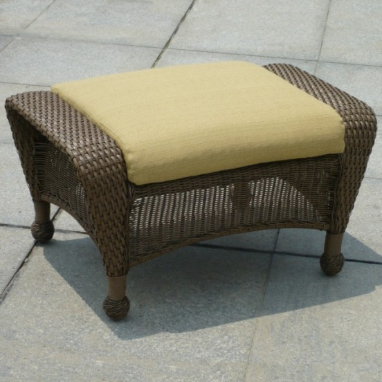 404O - Winward and Winchester Ottoman Cushion