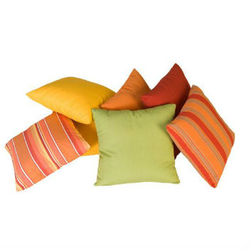 "17T  - 17"" Throw Pillows"